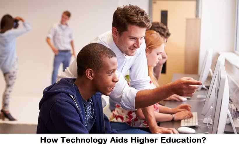 How Technology Aids Higher Education