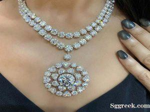 Wearing Diamond Jewellery